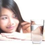 Hay que beber agua aunque no se tenga sed