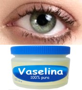 ¿Es verdad que la vaselina te hace crecer las pestañas?