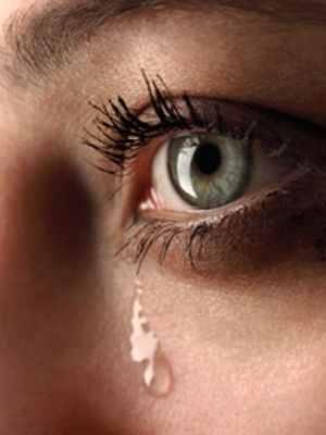 Porque sacamos lágrimas y de dónde salen las lágrimas cuando lloramos