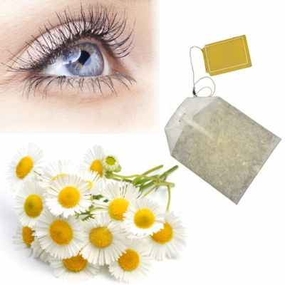 Bolsas de té de manzanilla en los ojos