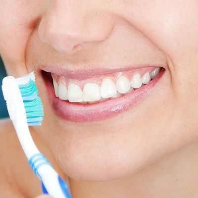 ¿Qué ocurre si no nos lavamos los dientes?