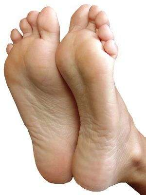¿Qué pasa si mis pies huelen feo?