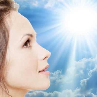 ¿Cómo cuidar nuestros ojos del sol?