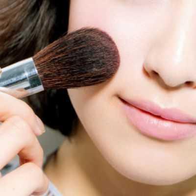 Usar base de maquillaje todos los días