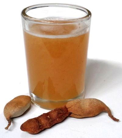 Agua de tamarindo natural