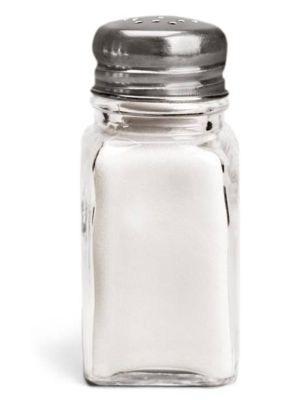 ¿Qué dificultades puede provocar el exceso de sal en las comidas?