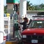 ¿Inhalar gasolina es malo?