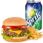 ¿Cuántas calorías tiene una hamburguesa con papas fritas y gaseosa?