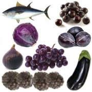 Porque son buenos alimentos de color azul-morado