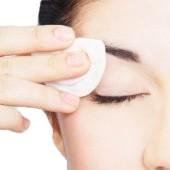 Beneficios de desmaquillarse los ojos