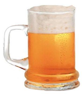 ¿Por qué la cerveza sabe tan mala y horrible?