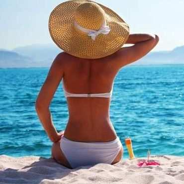 ¿Qué se utiliza en la playa para protegerse del sol?