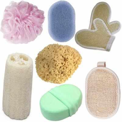 ¿Es mejor ducharse con esponja o sin esponja?