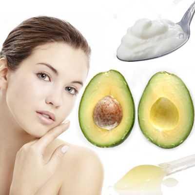 Yogurt natural, aguacate y jalea real para las arrugas de los ojos