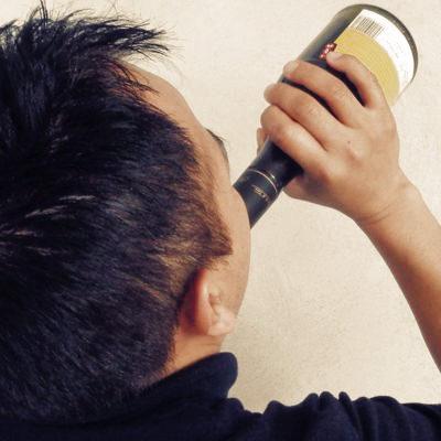 ¿Cómo saber si alguien en la casa consume alcohol?